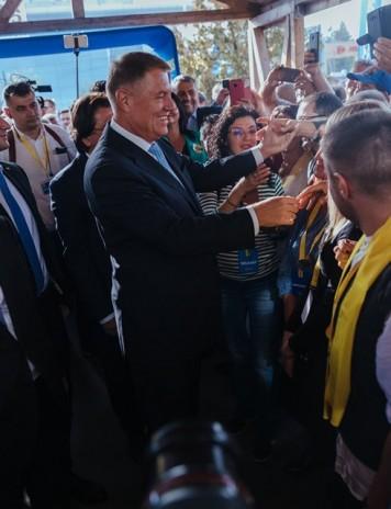 Klaus Iohannis, așteptat să anunte astăzi numele premierului
