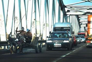 Autoritățile, în război cu traficul. Începe numărătoarea mașinilor