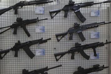 Armele ruşilor, ocolite de sancţiunile americane