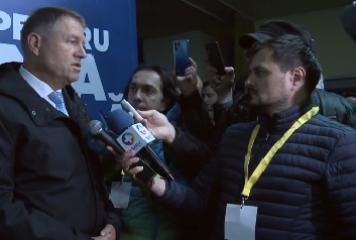 """Iohannis e de părere că a avut o campanie """"foarte bună"""": am ajuns în aproape 30 de judeţe"""