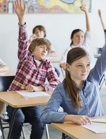 Profesorii, făcuți praf de Minister: Nu știu să predea!