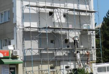Românii, obligați să facă credite pentru renovarea blocurilor