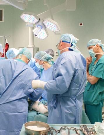 Ministrul Sănătății bagă sistemul corporatist în spitale