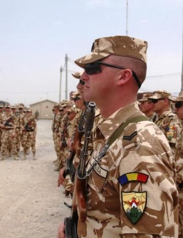 Efectul diurnei. Soldații români se bat pentru un loc în Afganistan