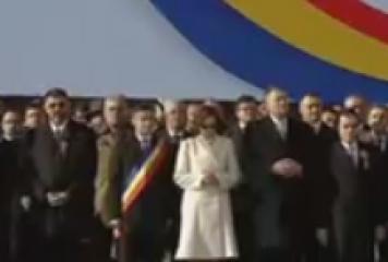 UnireaPrincipatelor. Klaus Iohannis, alături de soţie şi de premierul Ludovic Orban, la Iaşi
