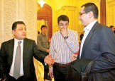Vanghelie da cu Ponta de pamant: Lua bani de la oamenii de afaceri