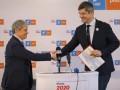 """Cioloș și Barna postează pe Facebook în tandem împotriva gurilor rele: Alianța """"merge mai departe"""""""