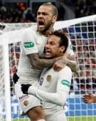 Doi brazilieni visează să revină la Barcelona, dar numai unul va ajunge sigur pe Camp Nou