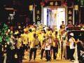 Hong Kong: mafia chineză îi snopeşte în bătaie pe manifestanţii anti-Beijing