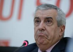 Călin Popescu-Tăriceanu, cu portjartierul peste pantaloni