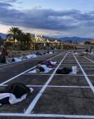 Americanii dorm în parcare