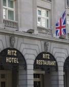Londra: legendarul hotel Ritz, vândut unui cumpărător misterios din Qatar