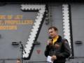 Marina americană îl aruncă peste bord pe căpitanul care a alarmat despre COVID-19