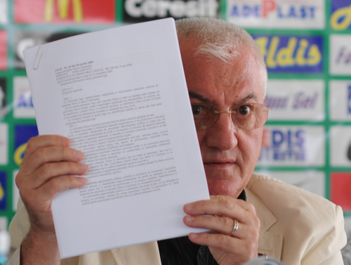 mitica Dragomir Fane 1 Plasat sub control judiciar, Dragomir se considera victima colaterala intr un razboi