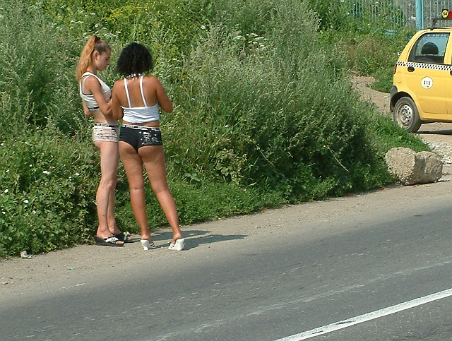 шлюхи на трассах фото