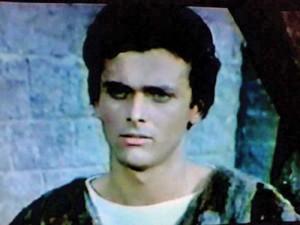 "Alexandru Herescu 1215765640 copy 300x225 A murit ""Alain Delon al Romaniei"""