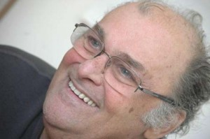 "Alexandru Herescu 1301841130 2 copy 300x199 A murit ""Alain Delon al Romaniei"""