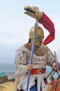 draco The Comitatus by Stefan Jaroschinski. copy 199x300 Epopeea steagului dacic de lupta   Partea a II a