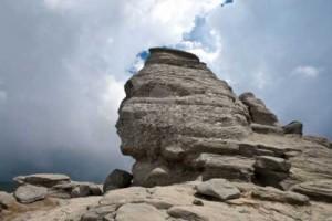 2 sphinx 300x200 Geografia sacra a Romaniei
