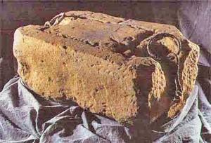 6 piatra de incoronare adusa de la Marea Neagra copy 300x204 Regii britanici, patronati de Sfantul Gheorghe, cavalerul get de Capadochia