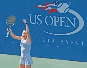 Alexandra Dulgheru US OPEN agerpres 5557768 copy 300x233 Actorul Alec Baldwin, vrajit de o romanca la US Open