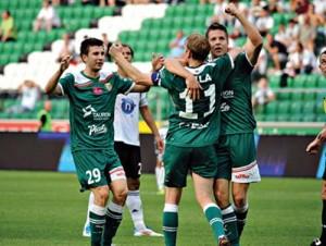 SLASK victorie pe terenul Legiei Varsovia copy 300x226 Adversarele din Europa League au facut prapad