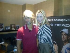 Sarapova si Djokovic peruca 300x227 Nole trece la feminin