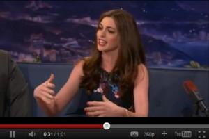 anne hathaway 300x200 Secretul actritei Anne Hathaway    VIDEO