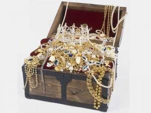 bijuterii aur 300x2251 Pretul aurului, maxim istoric in Romania! Un gram de aur costa 178,2 lei