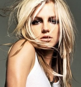 britney spears1 281x300 Ce bucurie i a facut iubitul cantaretei Britney Spears!