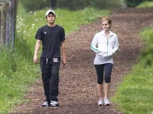 emma watson copy 300x224 Emma Watson se iubeste cu un baiat rau