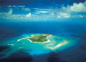 insula branson 4 copy 300x217 Orgii si rauri de alcool pe insula lui Branson