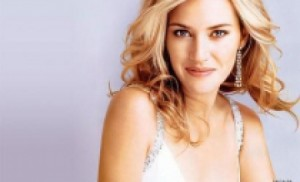 kate winslet miliardar 300x182 Kate Winslet i a salvat viata mamei unui celebru miliardar!