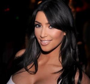 kim kardashian soare 300x280 Kim Kardashian, aranjata pentru nunta de o romanca!