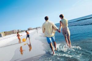 litoral familie 300x199 40 de hoteluri in programul Litoralul pentru toti. Rezervarile au inceput din 18 august!
