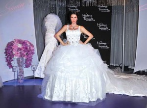 nunta kim hepta copy 300x220 Kim Kardashian s a maritat intr un loc blestemat