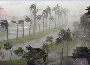uraganul irene sambata 300x219 Transporturile in comun suspendate datorita uraganului Irene