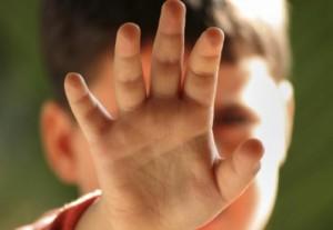 copil 300x207 Copil traumatizat de propriul tata dintr un motiv ingrozitor
