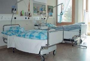 salon spital 300x202 93 de romani au murit din cauza gripei