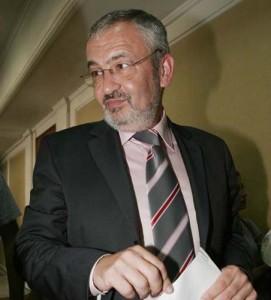 SEBASTIAN VLADESCU FANE 7 271x300 DNA, cautiune de un milion de euro stabilita in cazul lui Sebastian Vladescu