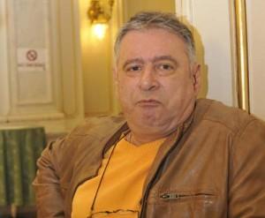 MADALIN VOICU FANE 154 300x247 Madalin Voicu, la Parlament pentru a si studia dosarul
