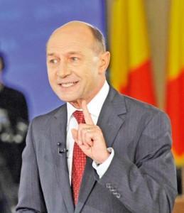 TRAIAN BASESCU FANE 257 259x300 Basescu: Arafat a creat o psihoza ca acest Guvern ticalos da Ambulanta unor golani!