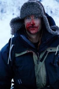 survival bear grylls5 200x300 Survivor ul Bear Grylls, dat afara de Discovery Channel