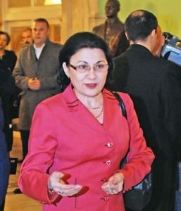 Ecaterina Andronescu Narcis Pop 3 257x300 Andronescu, despre declaratiile lui Dragnea: Mai bine mai tarziu, decat deloc