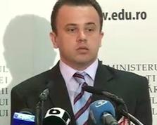 liviu pop Ministrul Educatiei: Nu vad care e problema aparitiei unui manual