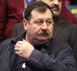 Constantin Roibu agerpres 2227364 300x276 Scandal amoros la Oltchim Rm. Valcea: Adina Meirosu s a mutat la seful combinatului