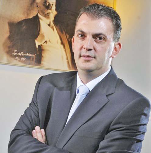 rares Si Rares Manescu a parasit PNL pentru ALDE