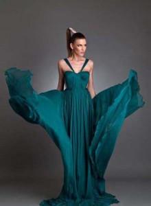 original maria lucia 220x300 Maria Lucia Hohan si a descoperit colectia de moda intr o vitrina din Brasov