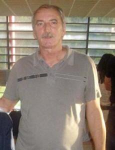 "Aurel Seicaru1 230x300 ""Fetele lui tata"", Ioana si Elena Bobita Basescu, campioane la inot!"