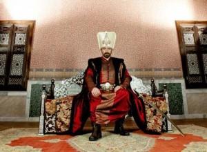"""halit suleiman 300x220 Afla povestea actorului Halit Ergenç, interpretul lui """"Suleyman Magnificul"""""""